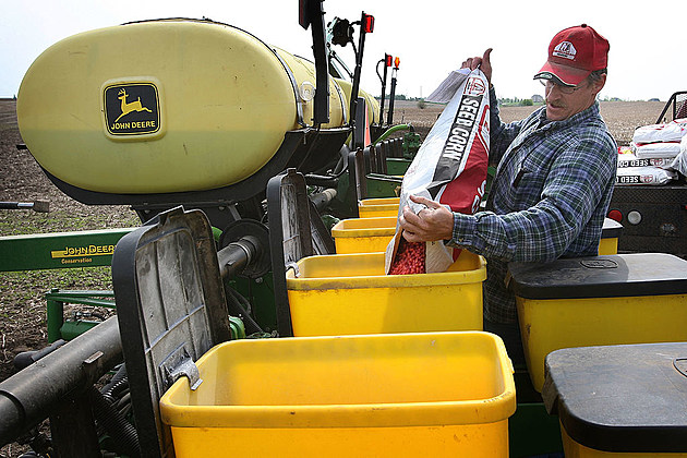 Farmers Continue Planting Following Cold Wet April